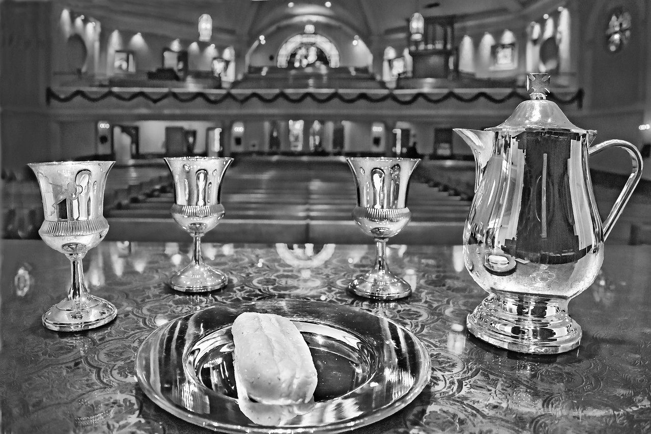 Communion Table 2016 BW Edit 20121202-DW3A2633-2a 11 longb