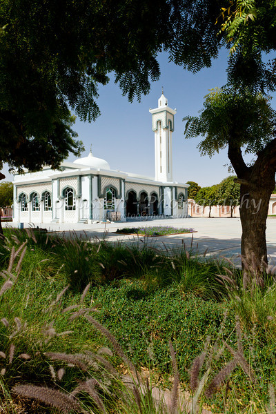 A small mosque in downtown Al Ain, UAE, Persian Gulf.