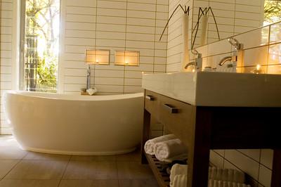 Acacia Cliffs Lodge - Mapara Ensuite with Bath