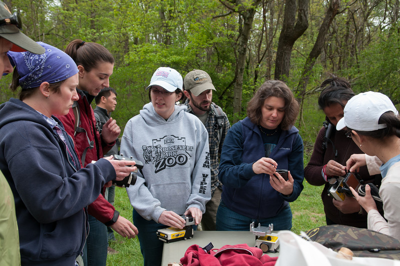 Bat researcher Kim Livengood teaches professional and graduate students how bat assessment and monitoring techniques apply to conservation. Photo by Evan Cantwell/Creative Services/George Mason University