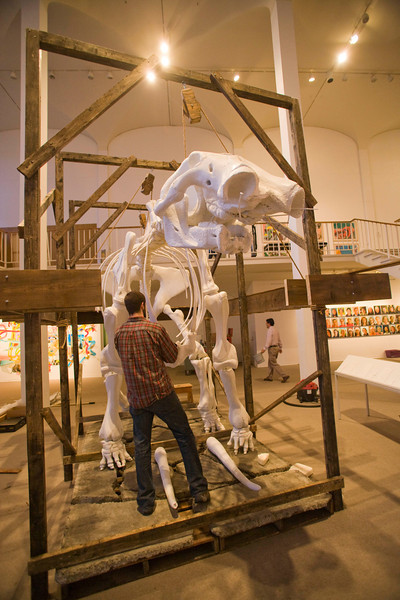 Students show off their work in the University Art Museum.  2008.  Photographer: P. Scott Barrow