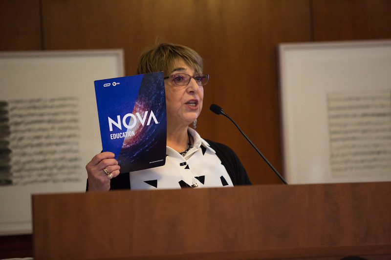 Melanie Wallace, producer of the PBS series NOVA, speaks as part of the CAS 25 Celebration Series at the University at Albany's Science Library Standish Room on Monday, October 22, 2018. (photo by Patrick Dodson)