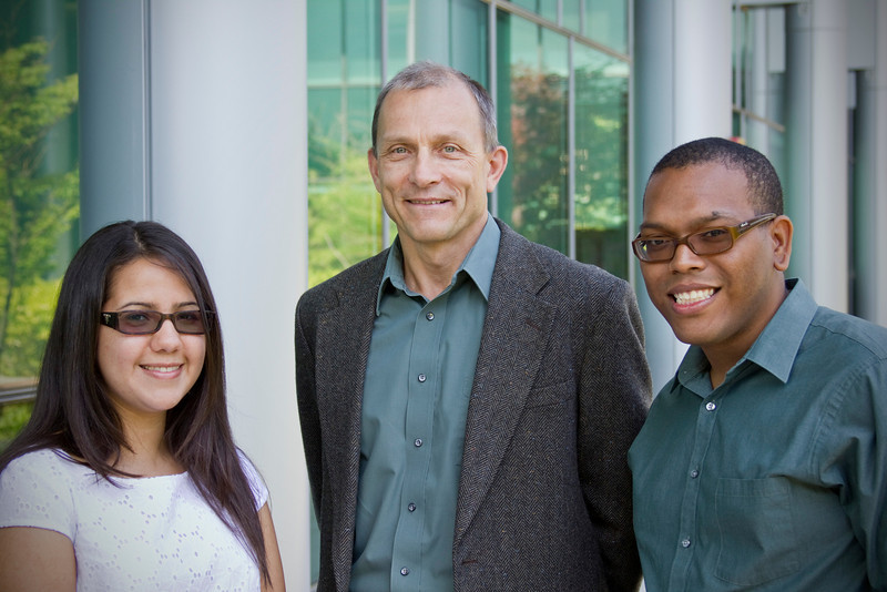 Dr. Igor Lednev with doctoral students Manuel F. Rosario-Alomar and Tatiana Quinones Ruiz from the University of Puerto Rico.  Both students are working in Lednev's lab as part of the NIH-sponsored Research Initiative for Scientific Enhancement (RISE) Program.Photographer: Paul Miller