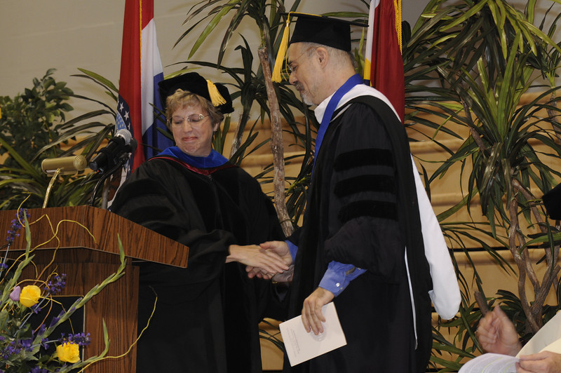 Dr. Nancy Blattner introduces Dr. Jason Sommer, to present his Jason Sommer Dedicated Semester Award.