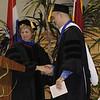 Dr. Nancy Blattner introduces Dr. Jason Sommer, to present his Jason Sommer Dedicated Semester Award.