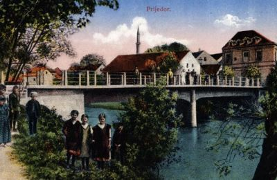 Postcards from the late nineteenth and early twentieth centuries depicting scenes in the city of Prijedor.  The three typefaces—Roman, Arabic, and Cyrillic—as well as the German language are indications of the influences on Bosnian culture.