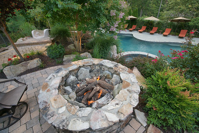 Fire Pits/Fire Places