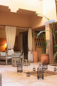 Riad Dar Atta is Splash's brand new base, situated in the center of Marrakech, just steps away from the Jamaa-el-Fna square and the Minaret of the Koutoubia. Dar Atta is a traditional riad set over 3 floors with 8 double/triple rooms and 2 suites that open onto a private patio.   Inspired by South Moroccan decor, the Dar Atta provides guests with an ambiance of relaxed comfort. All rooms have private baths and 6 rooms are equipped with air conditioning.   One of the centrepieces of the riad is a beautiful and traditional hammam/spa, as well as a massage room.