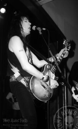 Ace-Frehley-1990-04-07-BW_15