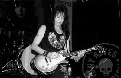 Ace-Frehley-1990-04-07-BW_18