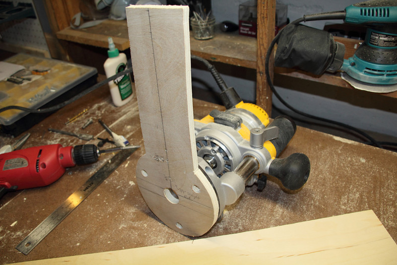 Here's how it fits on the router. It's not attached because I took these pictures after-the-fact.