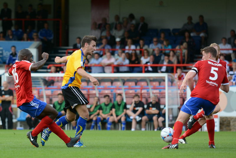 The Aldershot defence continue to crowd out any Altrincham attacks