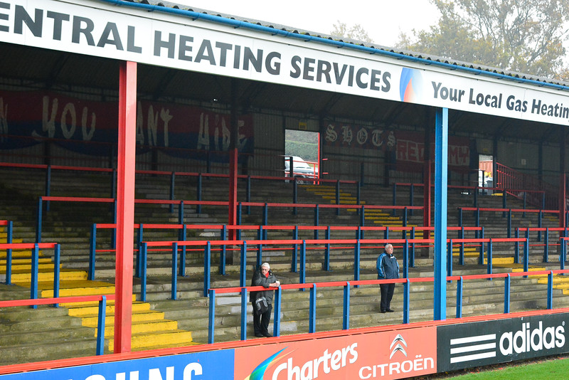 "Early arrivals prior to the Vanarama Conference Premier match between Aldershot Town and Eastleigh at the EBB Stadium Aldershot (photo by Paul Paxford/Pitchside Photo)  <div class=""ss-paypal-button""><div class=""ss-paypal-add-to-cart-section""><div class=""ss-paypal-product-options""><h4>Options</h4><ul><li><a href=""https://www.paypal.com/cgi-bin/webscr?cmd=_cart&amp;business=8JJKHK24JLRXJ&amp;lc=GB&amp;item_name=Early%20arrivals%20prior%20to%20the%20Vanarama%20Conference%20Premier%20match%20between%20Aldershot%20Town%20and%20Eastleigh%20at%20the%20EBB%20Stadium%20Aldershot&amp;item_number=http%3A%2F%2Fwww.pitchsidephoto.co.uk%2FLatest%2FAldershotTownEastleigh%2Fi-jQPQVG7&amp;button_subtype=products&amp;no_note=0&amp;cn=Add%20special%20instructions%20to%20the%20seller%3A&amp;no_shipping=2&amp;currency_code=GBP&amp;add=1&amp;bn=PP-ShopCartBF%3Abtn_cart_LG.gif%3ANonHosted&amp;on0=Options&amp;option_select0=Low%20Res%20Digital%20File%20(Facebook%2Cetc)&amp;option_amount0=2.00&amp;option_select1=Full%20Res%20Digital%20File&amp;option_amount1=5.00&amp;option_select2=7&amp;option_amount2=5.00&amp;option_index=0&amp;charset=utf-8&amp;submit=&amp;os0=Low%20Res%20Digital%20File%20(Facebook%2Cetc)"" target=""paypal""><span>Low Res Digital File (Facebook,etc) £2.00 GBP</span><img src=""https://www.paypalobjects.com/en_GB/i/btn/btn_cart_LG.gif""></a></li><li><a href=""https://www.paypal.com/cgi-bin/webscr?cmd=_cart&amp;business=8JJKHK24JLRXJ&amp;lc=GB&amp;item_name=Early%20arrivals%20prior%20to%20the%20Vanarama%20Conference%20Premier%20match%20between%20Aldershot%20Town%20and%20Eastleigh%20at%20the%20EBB%20Stadium%20Aldershot&amp;item_number=http%3A%2F%2Fwww.pitchsidephoto.co.uk%2FLatest%2FAldershotTownEastleigh%2Fi-jQPQVG7&amp;button_subtype=products&amp;no_note=0&amp;cn=Add%20special%20instructions%20to%20the%20seller%3A&amp;no_shipping=2&amp;currency_code=GBP&amp;add=1&amp;bn=PP-ShopCartBF%3Abtn_cart_LG.gif%3ANonHosted&amp;on0=Options&amp;option_select0=Low%20Res%20Digital%20File%20(Facebook%2Cetc)&amp;option_amount0=2.00&amp;option_select1=Full%20Res%20Digital%20File&amp;option_amount1=5.00&amp;option_select2=7&amp;option_amount2=5.00&amp;option_index=0&amp;charset=utf-8&amp;submit=&amp;os0=Full%20Res%20Digital%20File"" target=""paypal""><span>Full Res Digital File £5.00 GBP</span><img src=""https://www.paypalobjects.com/en_GB/i/btn/btn_cart_LG.gif""></a></li><li><a href=""https://www.paypal.com/cgi-bin/webscr?cmd=_cart&amp;business=8JJKHK24JLRXJ&amp;lc=GB&amp;item_name=Early%20arrivals%20prior%20to%20the%20Vanarama%20Conference%20Premier%20match%20between%20Aldershot%20Town%20and%20Eastleigh%20at%20the%20EBB%20Stadium%20Aldershot&amp;item_number=http%3A%2F%2Fwww.pitchsidephoto.co.uk%2FLatest%2FAldershotTownEastleigh%2Fi-jQPQVG7&amp;button_subtype=products&amp;no_note=0&amp;cn=Add%20special%20instructions%20to%20the%20seller%3A&amp;no_shipping=2&amp;currency_code=GBP&amp;add=1&amp;bn=PP-ShopCartBF%3Abtn_cart_LG.gif%3ANonHosted&amp;on0=Options&amp;option_select0=Low%20Res%20Digital%20File%20(Facebook%2Cetc)&amp;option_amount0=2.00&amp;option_select1=Full%20Res%20Digital%20File&amp;option_amount1=5.00&amp;option_select2=7&amp;option_amount2=5.00&amp;option_index=0&amp;charset=utf-8&amp;submit=&amp;os0=7"" target=""paypal""><span>7"" x 5"" Print £5.00 GBP</span><img src=""https://www.paypalobjects.com/en_GB/i/btn/btn_cart_LG.gif""></a></li></ul></div></div> <div class=""ss-paypal-view-cart-section""><a href=""https://www.paypal.com/cgi-bin/webscr?cmd=_cart&amp;business=8JJKHK24JLRXJ&amp;display=1&amp;item_name=Early%20arrivals%20prior%20to%20the%20Vanarama%20Conference%20Premier%20match%20between%20Aldershot%20Town%20and%20Eastleigh%20at%20the%20EBB%20Stadium%20Aldershot&amp;item_number=http%3A%2F%2Fwww.pitchsidephoto.co.uk%2FLatest%2FAldershotTownEastleigh%2Fi-jQPQVG7&amp;charset=utf-8&amp;submit="" target=""paypal"" class=""ss-paypal-submit-button""><img src=""https://www.paypalobjects.com/en_GB/i/btn/btn_viewcart_LG.gif""></a></div></div><div class=""ss-paypal-button-end""></div>"