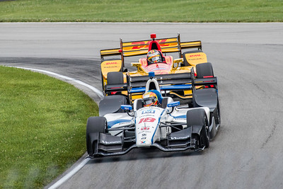Gutierriez is chased by Ryan Hunter-Reay