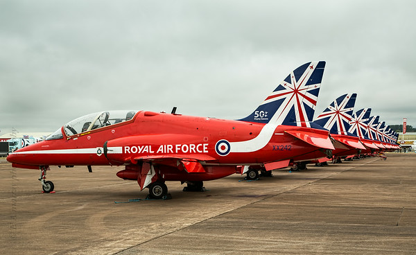 Red Arrows line up for photoshoot
