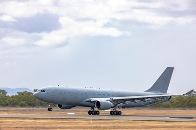 Royal Australian Air Force KC-30A (A330-200MRTT) A39-005 stopping over at Rockhampton Airport 2020-01-07.