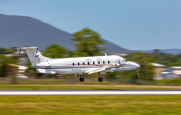 QPS Beech 1900D VH-PSK Landing at Rockhampton Airport conducting a detainee transfer from Brisbane 21-01-19.