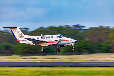 RFDS Beechcraft B200C Super King Air VH-FDI landing at Rockhampton Airport 30-01-19.