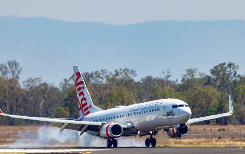 Virgin Airlines Boeing 737-8FE VH-YFL 'Sandy Bay' at Rockhampton Airport