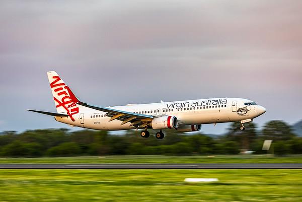 Virgin Australia Boeing 737-800 VH-YIS with new split scimitar winglets landing at Rockhampton Airport 2020-03-13