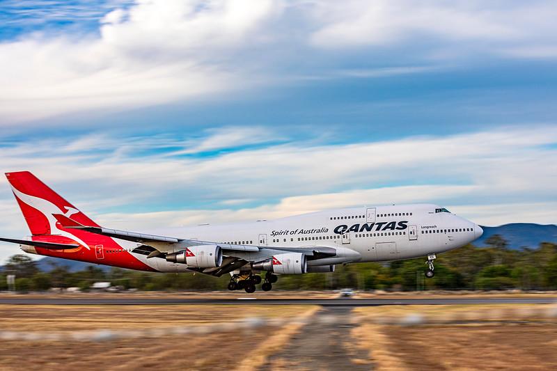 QANTAS Boeing B747-400ER VH-OEG landing at and overnighting at Rockhampton Airport 05-06-2019.