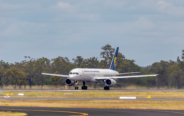 Pacific Air Express Boeing 757-200 VH-PQA visiting Rockhampton Airport on a training flight 31-01-19.