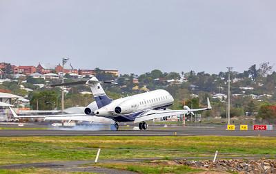Linfox Global Charter Bombardier Global 6000 VH-LEP landing at Rockhampton Airport