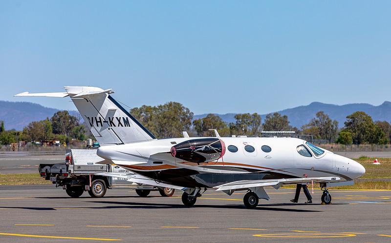 Cessna Citation Mustang C510 VH-KXM at Rockhampton Airport 27-10-2019.
