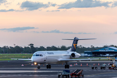 Alliance Airlines Fokker F100 VH-UQW departing Rockhampton Airport 18-03-2019