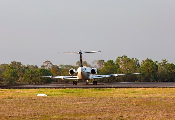 Alliance Airlines Fokker F100 VH-XWR at Rockhampton Airport