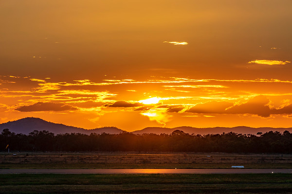 Sunset over Rockhampton Airport 18-03-2019