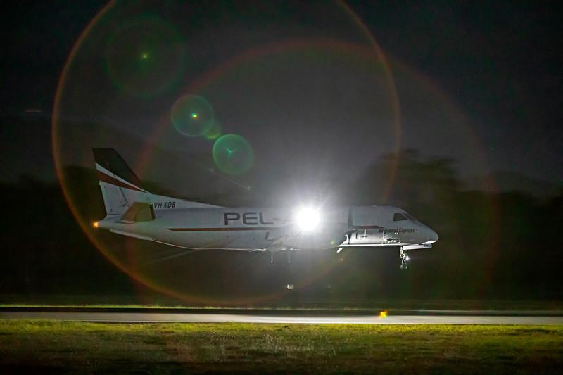 Pel-Air Aviation SAAB Fairchild 340A VH-KDB landing at Rockhampton Airport 30-01-19.
