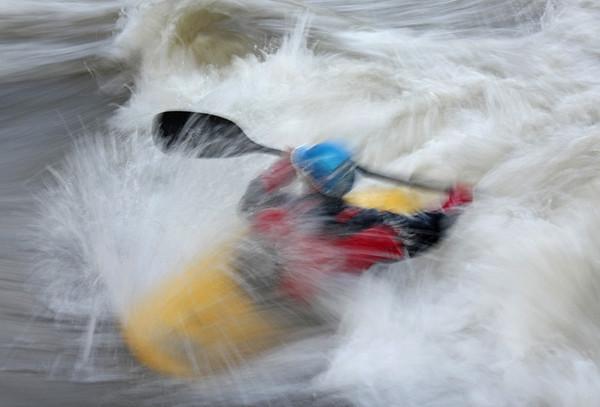 Jason Beakes, rodeo zone, Potomac River. May, 09.<br /> <br /> © Martin Radigan. All images copyright protected.
