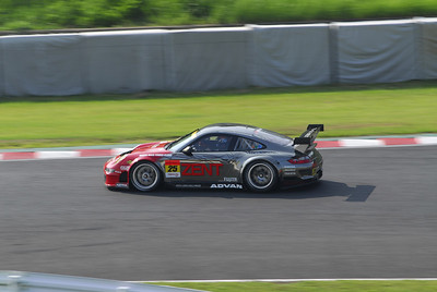 Samurai Team Tsuchiya entered the GT300 class with a Porsche RSR