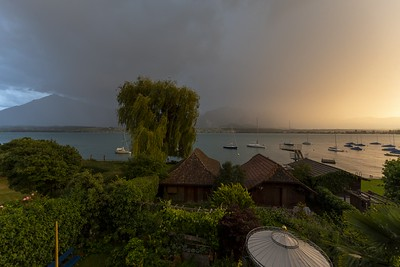 Thunderstorm with evening sun (timelapse)