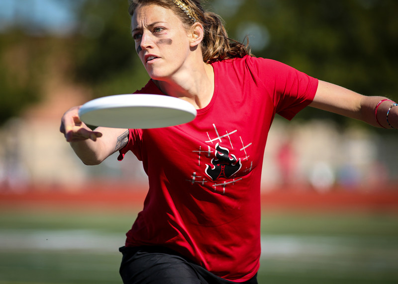 Frisco, TX: A Riot player makes a pass in semifinals against Scandal at the Club National Championships 2013.