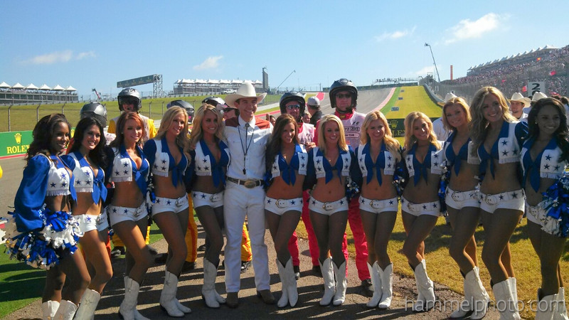 Dallas cowboy cheerleaders at turn 1 united states grandprix