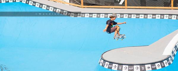 Skater (8x20, 12x30)