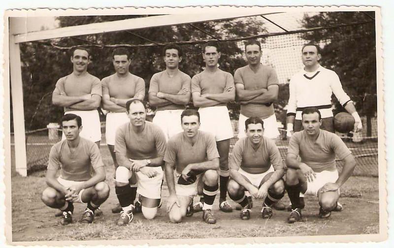 1957/58 Contardo, Ribeiro, Gonçalves, Ivo Silva, ? e Sotta, José Pereira, Humberto Sousa, Xico Paulos, Laranjo e Coelho