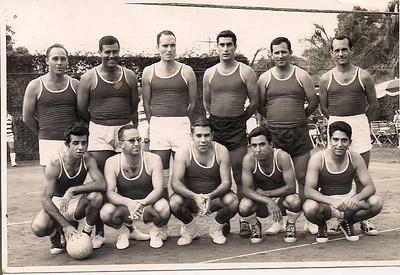 Humberto Pereira, ...?, Amieiro, Firmino, Campos Reis, Varela, ....? Ernesto Morais, Pinto Freitas, ...? dr. Jorge Monteiro