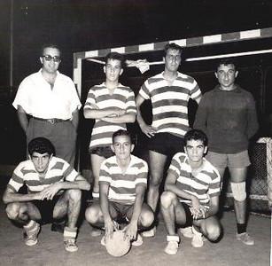 """Alferes Coelho da Fonseca; Jorge (Vítor) Santos; João Alho; """"Pragal""""; Lopes Silva (filho); Bilocas e Nelo Videira"""