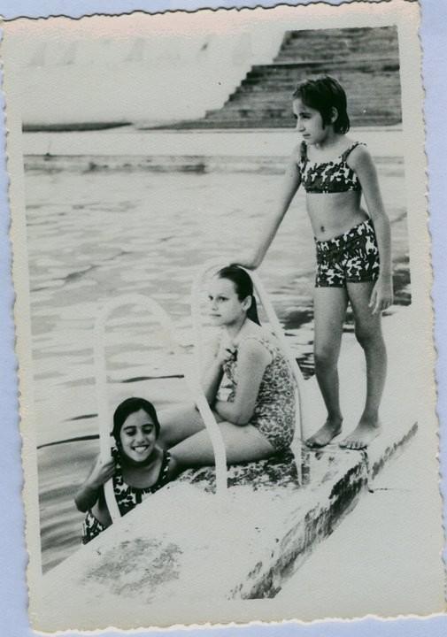 Andrada Ana e Nela Marques e Isabel Cavalheiro ( sentada)