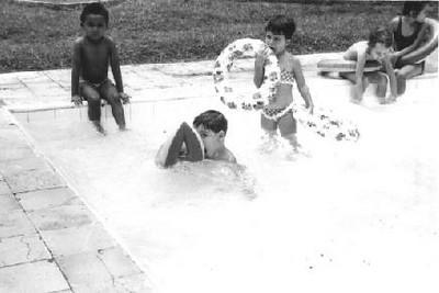 Outubro 1964 Piscina das Crianças