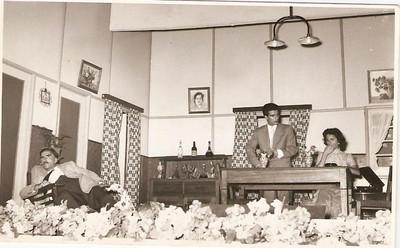 Cama, Mesa e Roupa Lavada, 1958 Xico Paulos, Santos Sousa,  Maria dos Anjos Simões