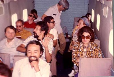 Grupo teatral no Skyvan Ze' Gameiro, Gastao,?, Quim Costa, Sergio a pilotar, Manuel Pereira, Chica Sergio,Sra do Norberto Guimarães