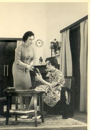 Mariazinha Dinis  e Evelise Moniz
