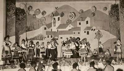 """Dundo em 1953, ensaiado pela Maria Helena Noronha Feyo Milu Videira, Ceu """"Francisco Paulo"""", Sergio Simoes,  Quim Bexiga, Fifas Melim, Gininha Almeida Santos"""