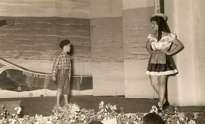 Dundo em 1953, ensaiado pela Maria Helena Noronha Feyo