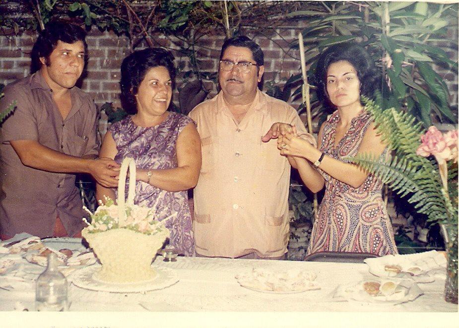 Aniversario de casados do casal Aires Marques Saro, e Lisa Pereira Santos com o casal