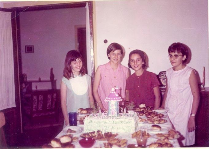 Andrada. Aniversário da Melita Bela Rios, Melita Correia de Oliveira, Zelinha Adalberto, e Lidia Antonio Silva